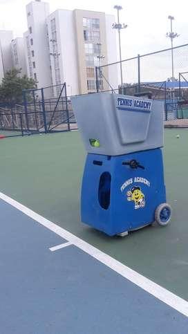 Vendo maquina lanzabolas de tennis
