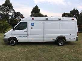 Ambulancia mercedes sprinter 413