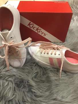 Zapatillas originales Kikers nuevs en caja