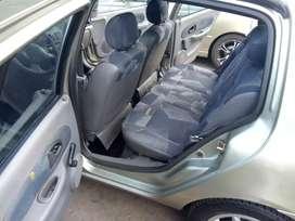 Renault simbol modelo 2003