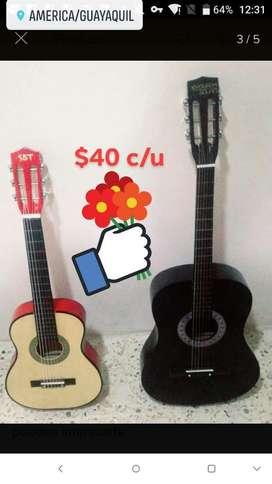 Guitarra Acústica Cada Una con Estuche