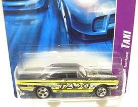 Hot Wheels Serie Taxi 70 Plymouth No Envio