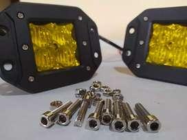 Vendo 2 Neblineros LED empotrables 24W