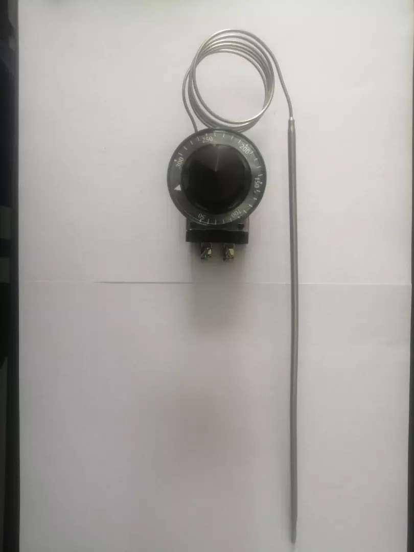 Termostato Eléctrico para Horno marca robertshaw 30 amp, 50-300 centigrados