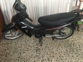 !!hermosa moto, en excelente estado!!