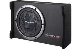 Sonido para Carro - Subwoofer Pioneer + Amplificador BOSS