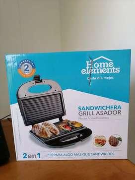 Sandwichera y grill asador