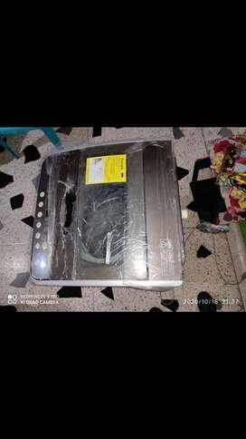 En venta lavadora Haceb 8.5 Kg