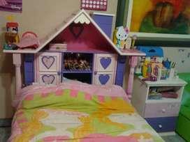 Venta de Dormitorio Barbie Niña por Navidad en buen estado