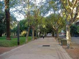 Ituzaingo y Buenos Aires - Oficina. Cochera disponible. Vende Uno Propiedades