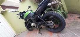 Moto pulsar 180 gt verde negra