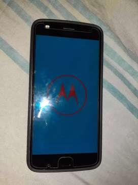 Vendo Motorola z 2 pley