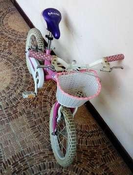 Remato bicicleta para niña aro 16
