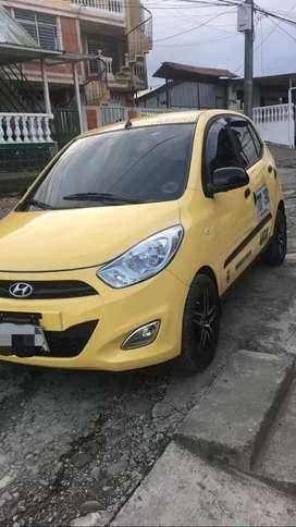 Se vende hermoso taxi modelo 2013 en la ciudad  de buenaventura