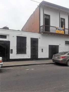 VENDO CASA BARRANCO COMO TERRENO  US350,000