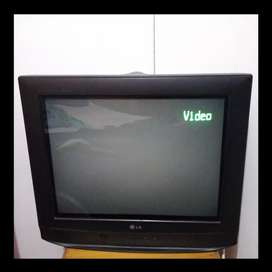 "Televisor flatron LG 20"" pulgadas en perfecto estado"