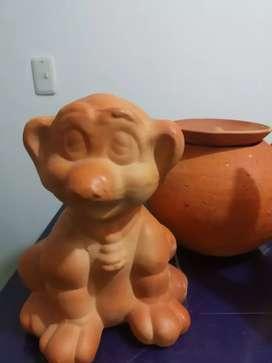 Figuras de barro para decoración de hogar