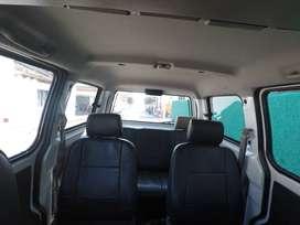 Buseta Vans N200