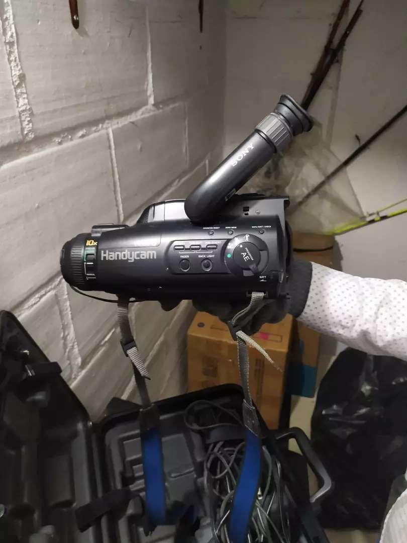 Sony handycam video 8 10x vintage 0