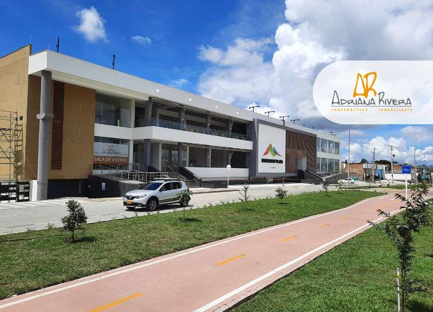 Venta Local 10m2 Centro Comercial Monserrat Plaza