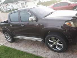 Vendo Pick up Hilux, Doble cabina, Sencillo No es 4x4