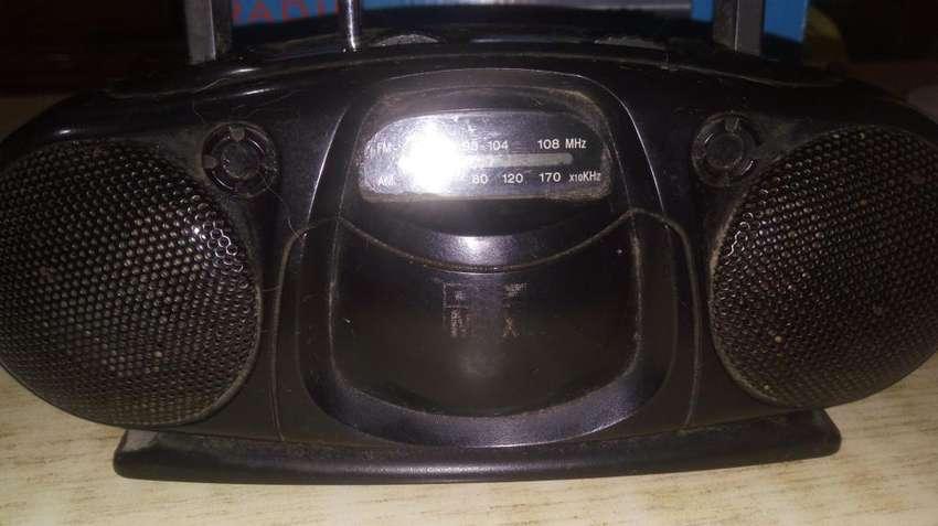RADIO PORTATIL A PILAS 0