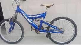 Bicicleta goliat azul