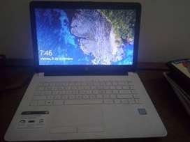 HP LAPTOP . 6 MESES DE USO. COMO NUEVO. RANTIA