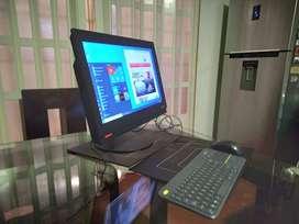 Lenovo Thinkcentre All in One Core i5