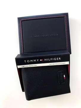 Billetera Tommy Hilfiger