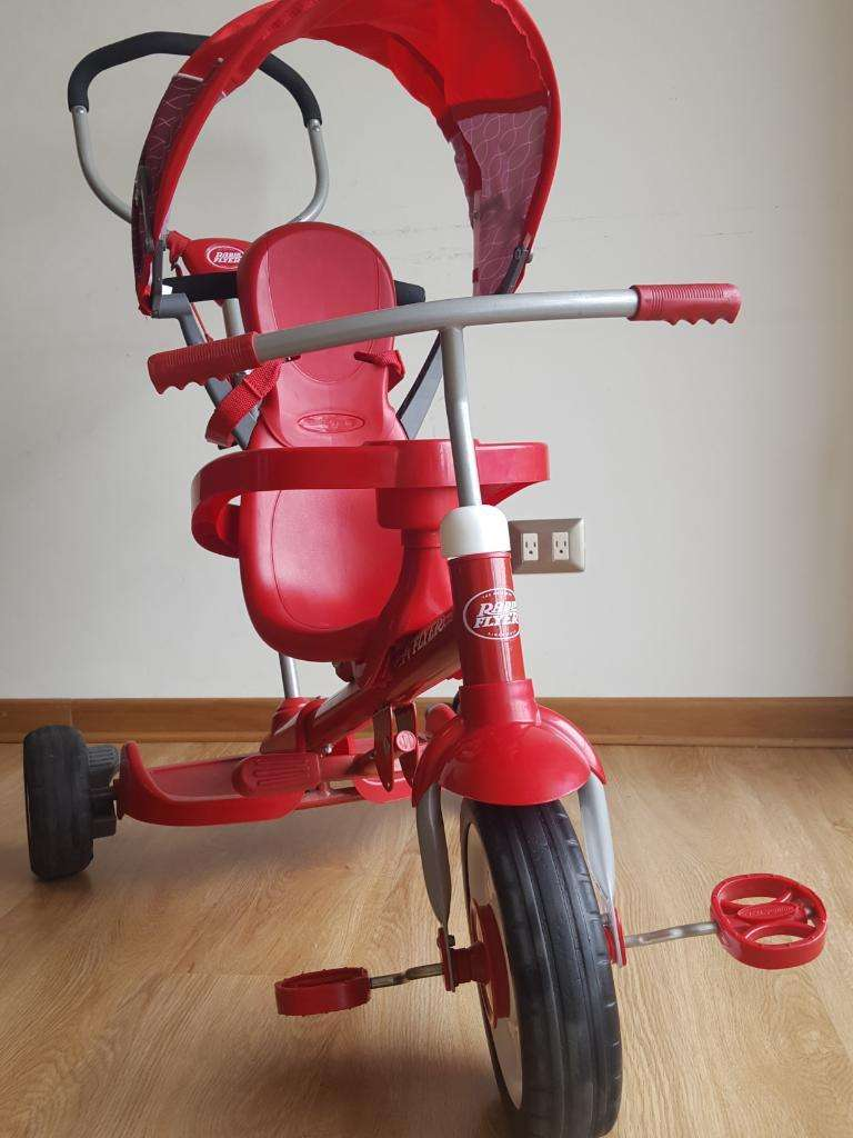 Triciclo Radio Flyer Ride 2 Niños 0