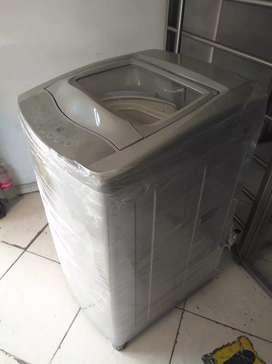Lavadora digital Haceb 26 libras usada en muy buen estado