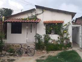 Remato 2 apartamentos y 3 apartaestudios en Puerto Colombia,  5 propiedades independ. rentan 2,010,000 mensual.
