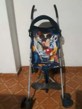 Paseador mickey mouse