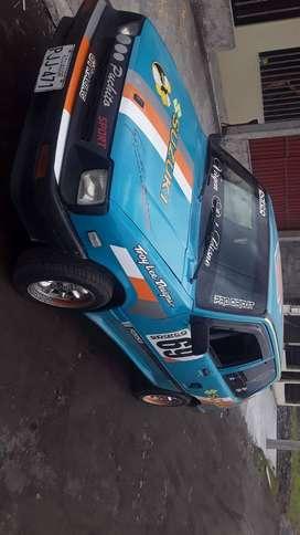 Vendo Suzuki, año 1989, 4800 USD.