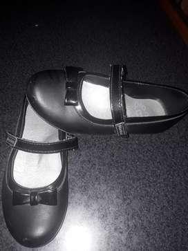 Zapatos de nenas