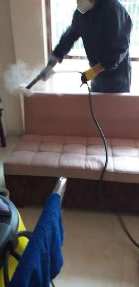 Ofrecemos el servicio de Lavado y Sanitizado de sofás en Loja.