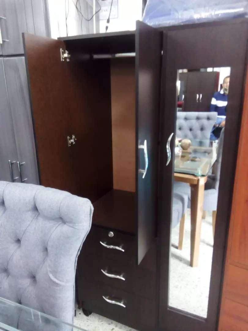 Hermosos Closets De Madera Pizano Desde 179.000 0