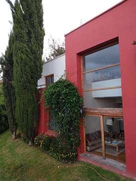 Venta Casa en Cumbaya Exclusiva Urbanización, cerca al Parque, Iglesia