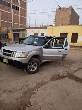 Vendo camioneta ford explore trac