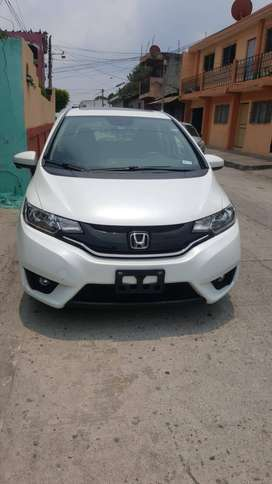 Vendo auto honda fit 2016
