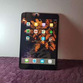 Ipad mini. Buen estado!!