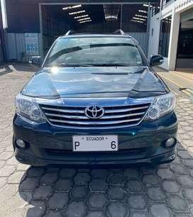 Vendo NEGOCIABLE Toyota Fortuner AC 2.7 4x4 año 2014 Tracción Automatica en Quito Usado Precio Negociable