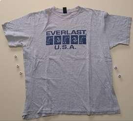 Remera Everlast usada