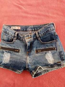 Short de jeans para niña como nuevo.