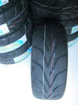 Llantas Competition 195/50R15  Treadwear 100