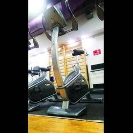 Bicicleta Vertical Profesional BH SK9000