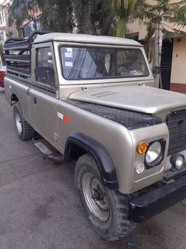 Vendo Camioneta pick up Land rover clasico