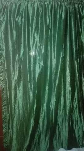 Vendo cortinas velo  usadas en color verde