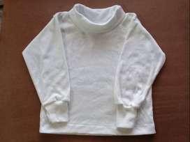 Polera blanca de bebe Talle 12m, 18m, 24m